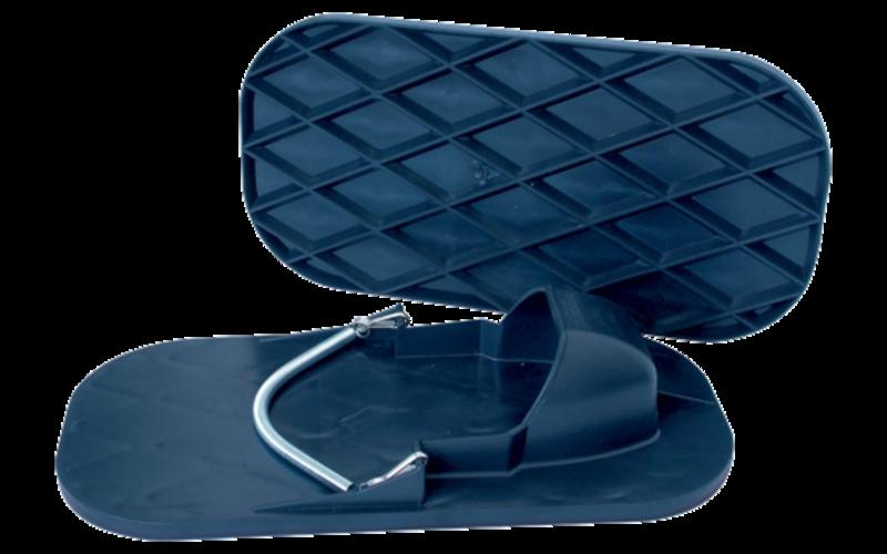 Бетоноступы<br> с рифлёной подошвой<br> для хождения по плитке